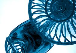 Sinisiä tuulettimia